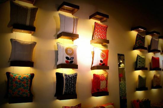 Metiseko : Cushions wall