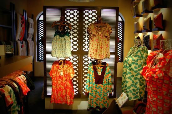 Metiseko : Fashion wall n.1