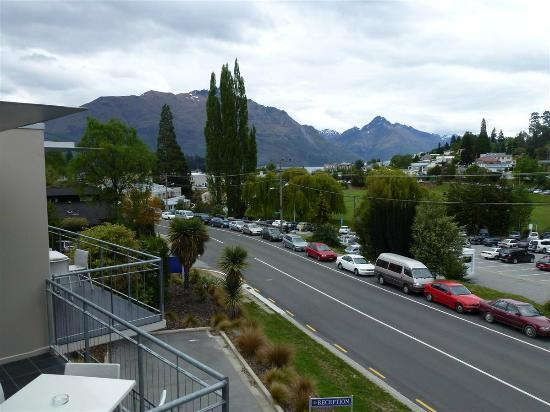 Whistler, The Chancellor - Queenstown: Vistas