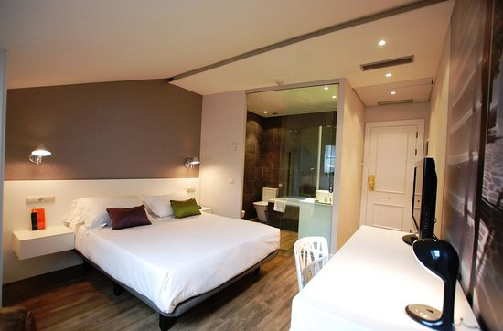 Hotel Andia: Habitación Deluxe+Jacuzzi