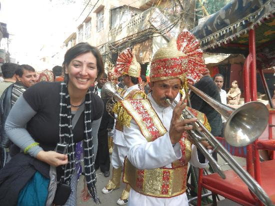 Old Delhi Bazaar Walk & Haveli Visit : Ready to Dance in a marriage - What an experience