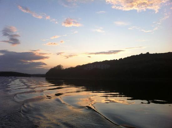Donegal Town, Ireland: Cruising home at sunset on The Donegal Bay Waterbus