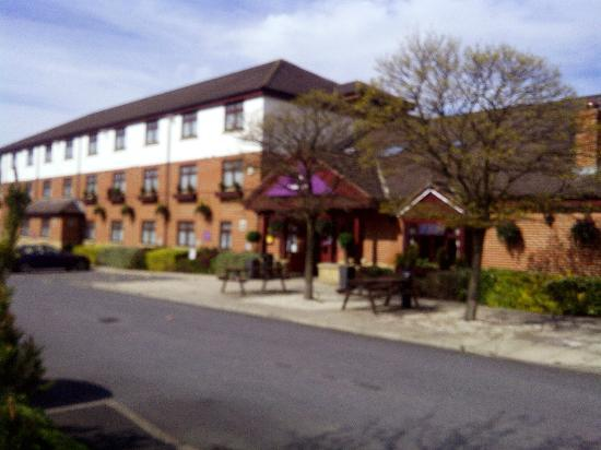 Premier Inn Castleford M62 Jct 31 Hotel : Exactly as picturesque as on its website indeed.