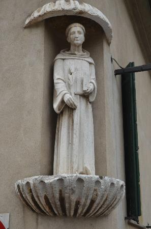 Arquà Petrarca, Italien: per le vie