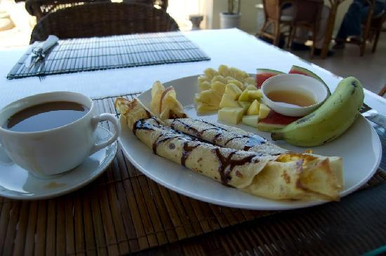 Ha Van Hotel: Morning breakfast, included!