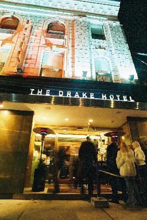 Drake Hotel Toronto: Exterior View
