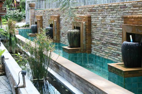 Sasitara Residence: piscine