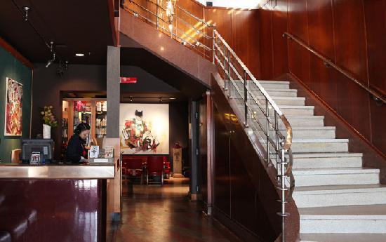 Drake Hotel Toronto: Lobby