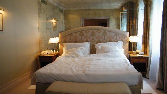 Bauer Il Palazzo: le lit