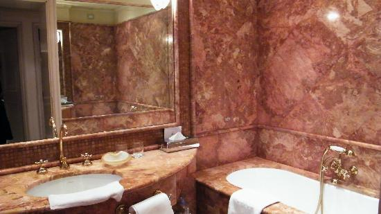 Bauer Palazzo: salle de bain
