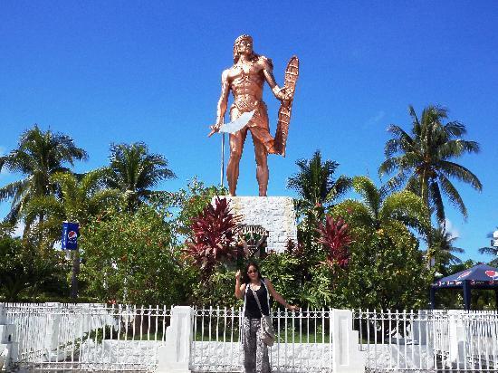 Lapu Lapu, Filippinerna: Lapu-Lapu Statue