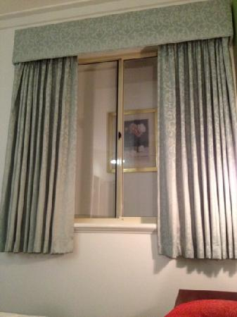 The Great Southern Hotel: fake window in room 48