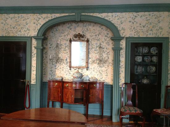 Samuel Whitehorne House: dining room
