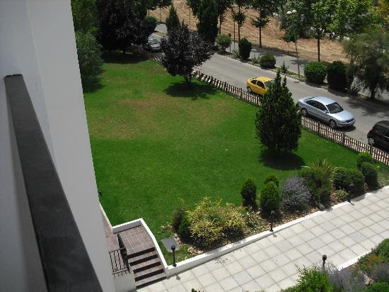 Villa Blanca: Jardín