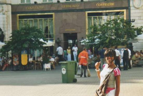 Vaci Street: Vaci utca: caffè Gerbeaud