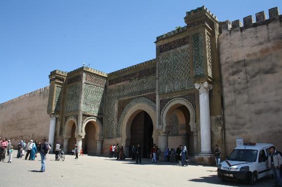 Dar Zohor: een Bab (poort) in Meknes
