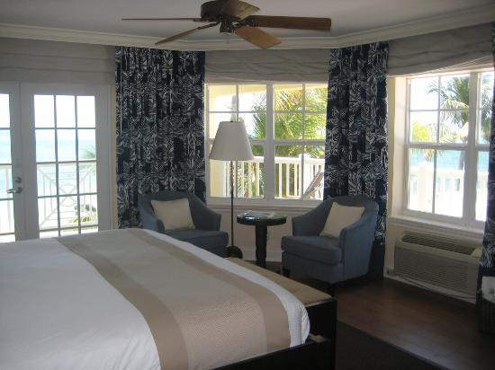 Southernmost Beach Resort : Corner room views