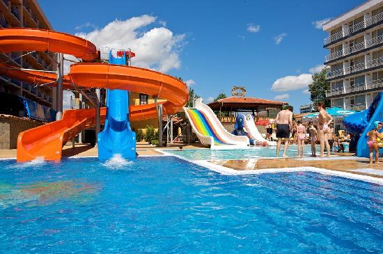 Tiara Beach: Mini Aqua Park