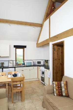 Barn Cottages at Lacock: Maple - Living Area