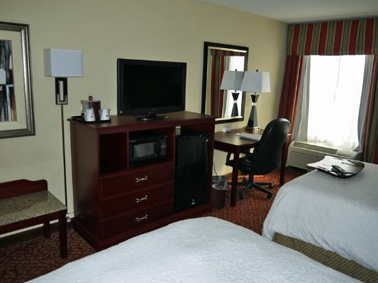 Hampton Inn Newport News-Yorktown: Double room