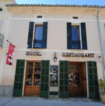 Hotel Restaurant Sa Plaça