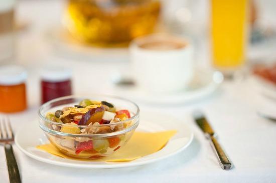 Hotel Weingarten: Frühstück auf der Terasse