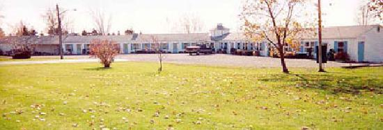 Mayville, NY: Motel main building