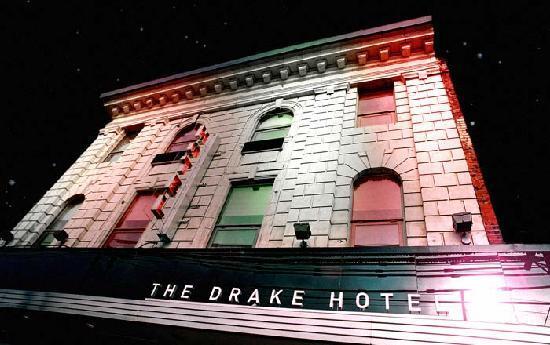 Drake Hotel Toronto: Exterior