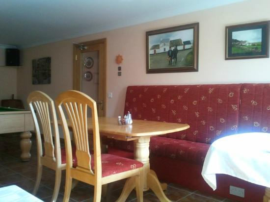 The Laurels Bed & Breakfast Lodge: Dining room