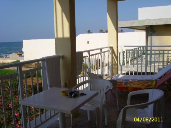 Dedalos Beach: Балкон в старом корпусе
