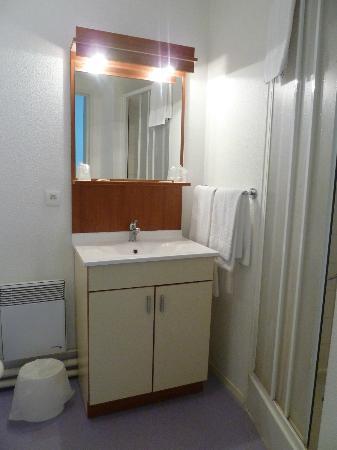 Appart'City Le Mans Novaxis: La salle de bain