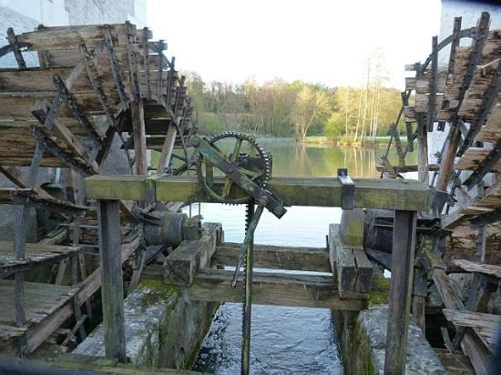 Les Moulins de Vontes: two of the Moulin's wheels looking dowriver