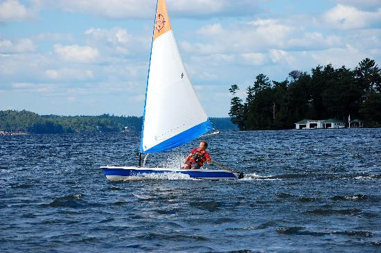 Shamrock Lodge: Sailing on Lake Rosseau