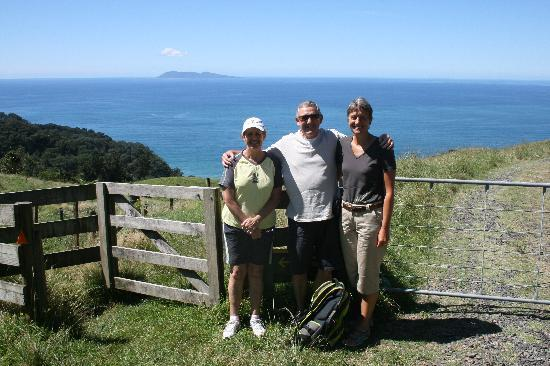 Pacific View B&B: Coastal walk near Whangamata