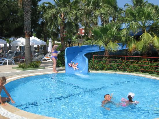 Botanik Hotel & Resort: slide