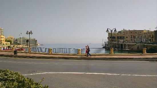 Le Meridien St. Julians: View of St Julians Bay from outside hotel