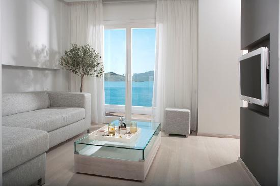 باتومز أكتيز سويتس آند سبا: Aegean Suite