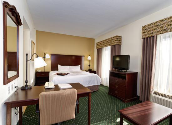 Hampton Inn & Suites Lady Lake/The Villages : King Guest Room