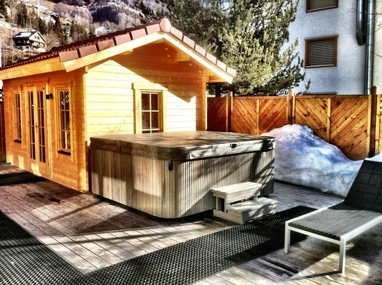 The Angels Lodge: Jacuzzi & Sauna