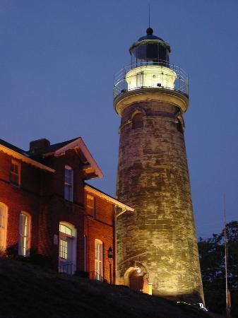 Округ Лейк, Огайо: Fairport Harbor Marine Museum and Lighthouse