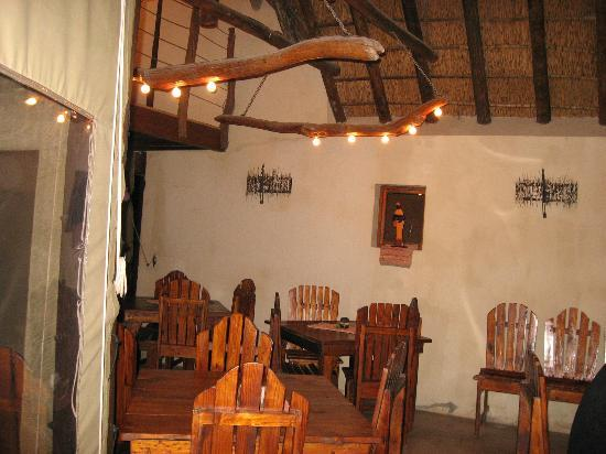 Addo Dung Beetle Guest Farm: Dining room