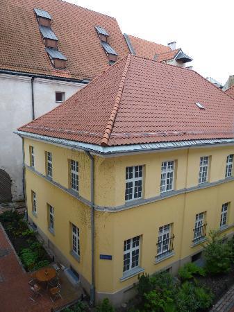 Konventa Seta Hotel: Вид из окна