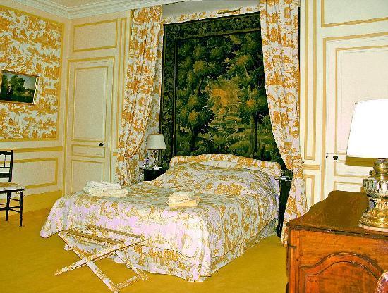 Chateau de la Barre: Chambre Jaune