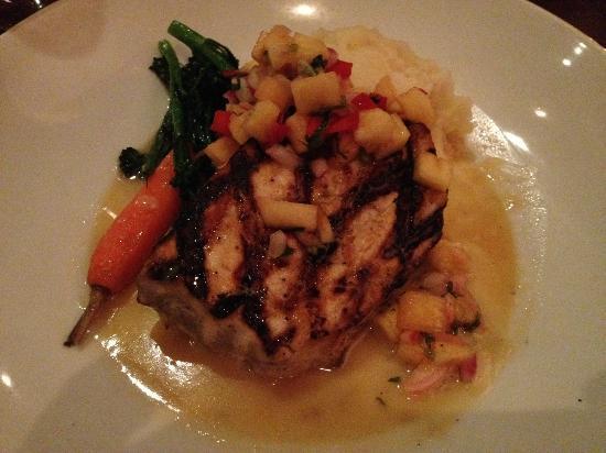 Citrus City Grille: Grilled sword fish