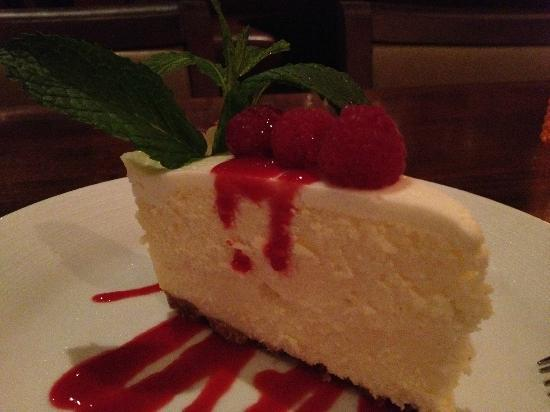 Citrus City Grille: New York cheese cake with raspberry sauce
