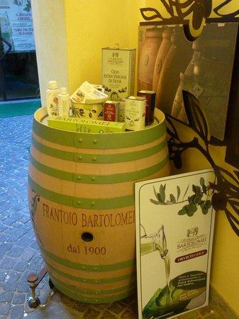 Bartolomei L'olio Orvieto: Bartolomei olive oil shop