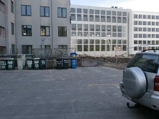 Alper Hotel am Potsdamer Platz: Parken