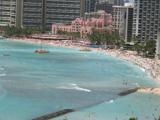 Aston Waikiki Beach Hotel: View from our balcony