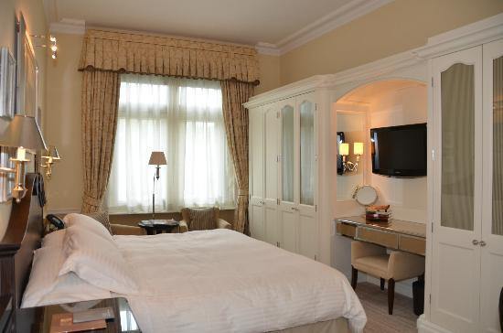The Connaught: Carlos Suite Bedroom