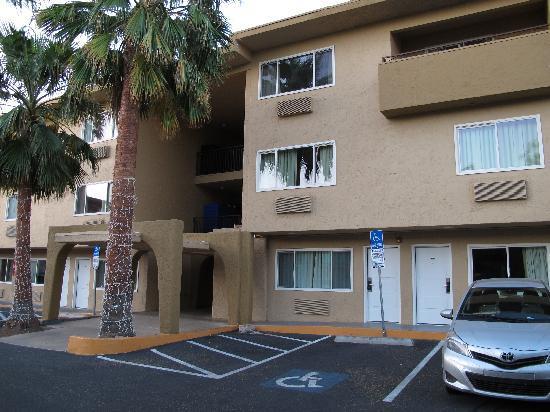 Super 8 Las Vegas North Strip /Fremont Street Area: the motel
